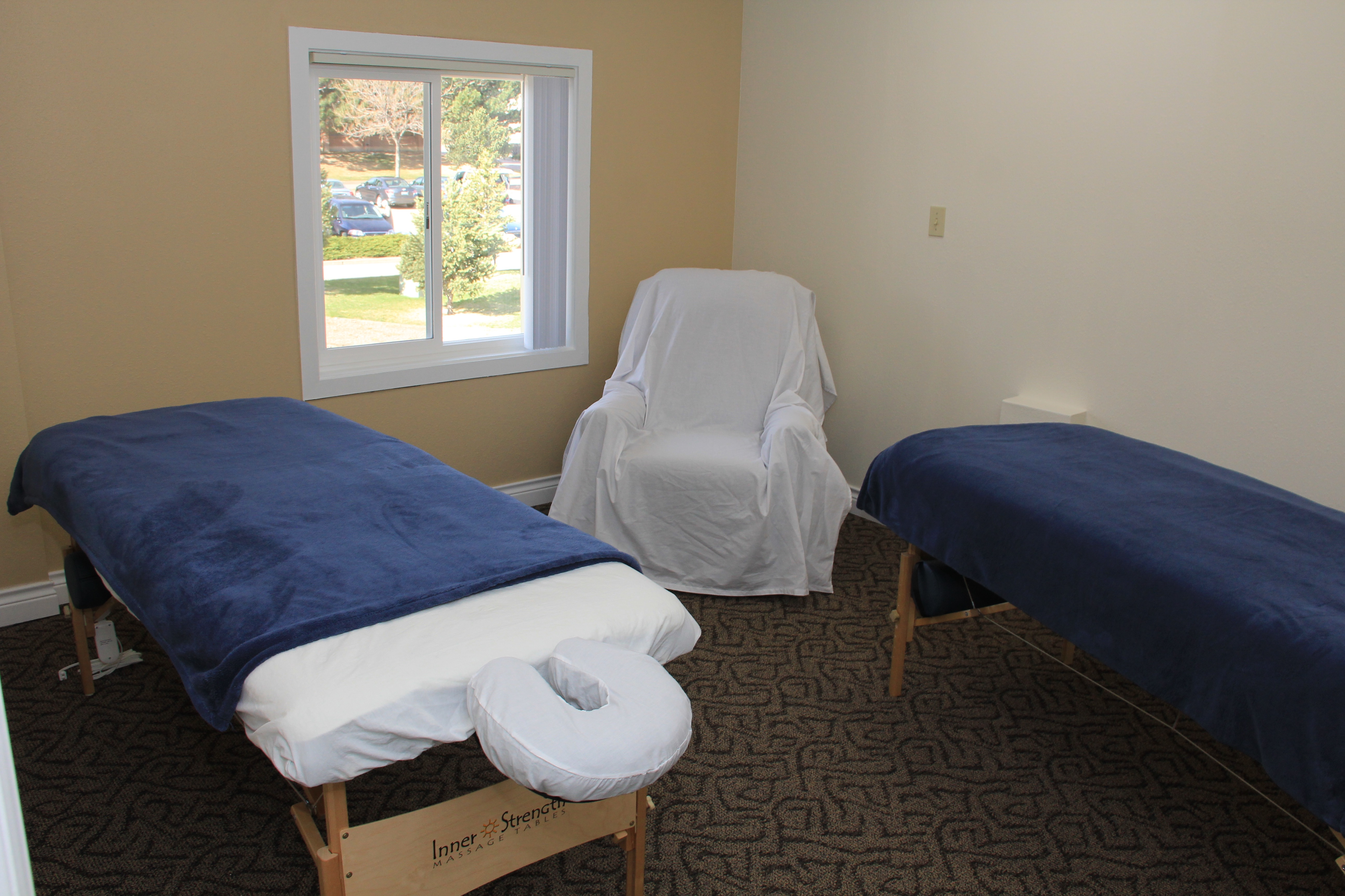Photo tour generations acupuncture colorado springs for The family room acupuncture